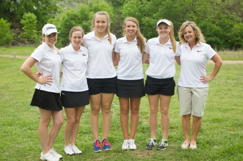 Girls Golf Qualifies for Region, King Wins Individual District Championship