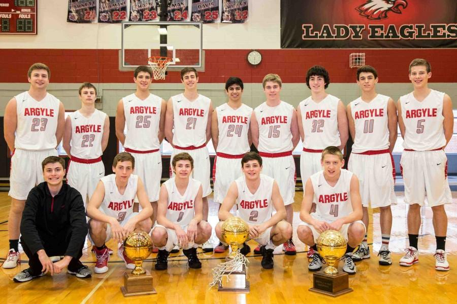 Boys' Basketball Team Finishes Season Strong