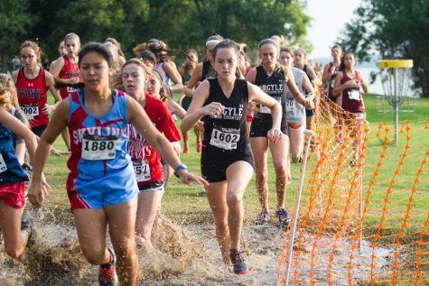 Boys and Girls Cross Country Looks Strong Heading into District