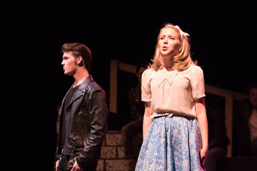 Sophomore+Katie+Haynes+%28Sandy%29%2C+performs+%22Summer+Nights%22+alongside+her+co-star+Alex+Peters+%28Danny+Zuko%29+in+the+AHS+Players+opening+night+performance+of+%27Grease%27+at+Argyle+High+School+on+Jan.+19%2C+2017+in+Argyle%2C+Texas.+%28Faith+Stapleton%2FThe+Talon+News%29