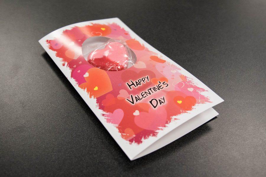 A+Valentine%27s+Day+candy+gram+lays+on+the+table+at+Argyle+High+School+on+Feb.+14%2C+2017+in+Argyle%2C+Texas.+%28Faith+Stapleton%2F+The+Talon+News%29