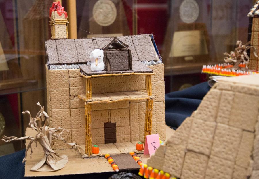Art+students+create+%27spooky+houses%27+for+Halloween+using+mainly+edible+materials+at+Argyle+High+School+in+Argyle%2C+Texas%2C+on+Oct.+27%2C+2017.+%28Faith+Stapleton+%2F+The+Talon+News%29
