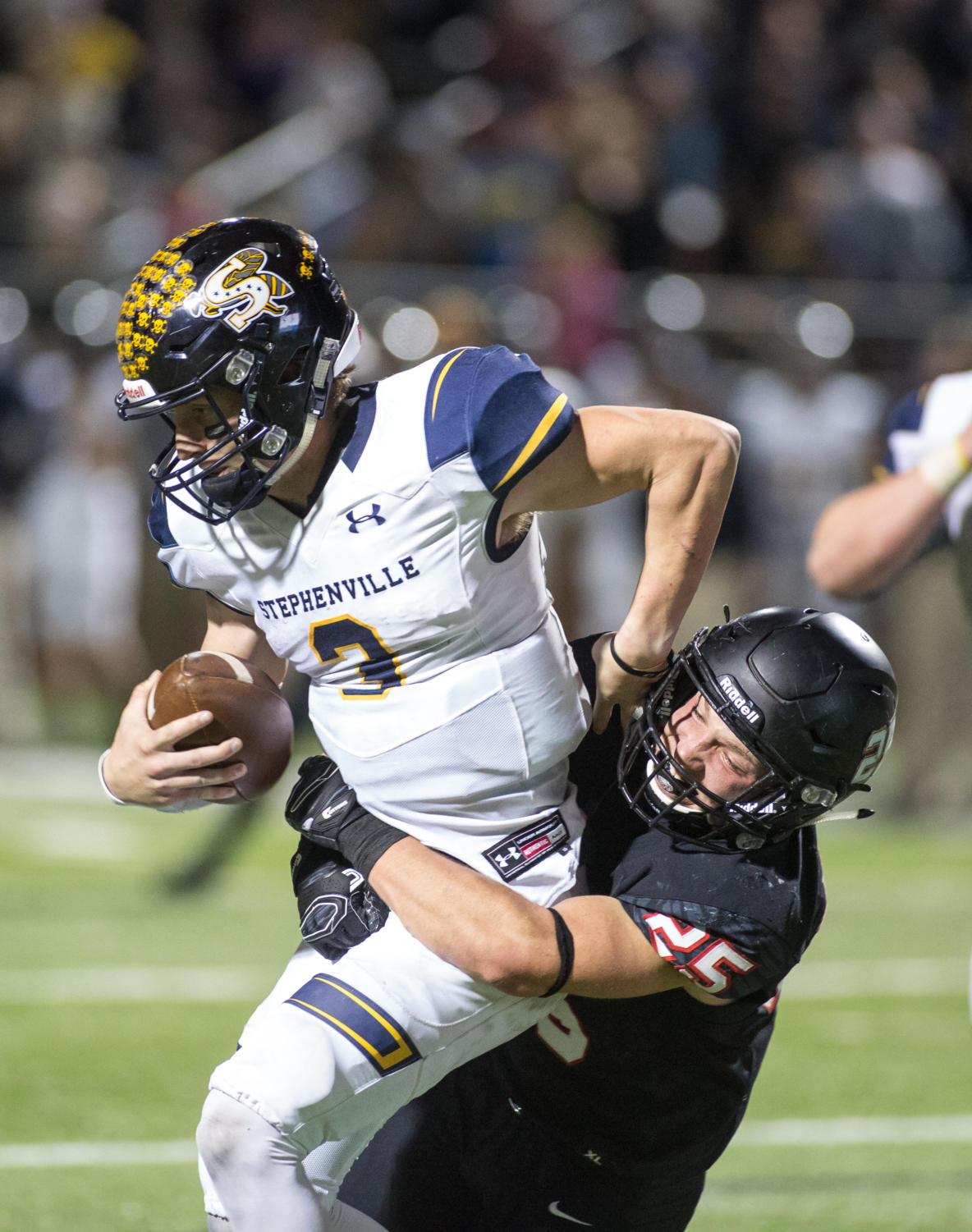 The Eagles take on Stephenville on Dec. 2, 2017 at Vernon Newsome Stadium in Mansfield, Texas. (Christopher Piel/The Talon News)