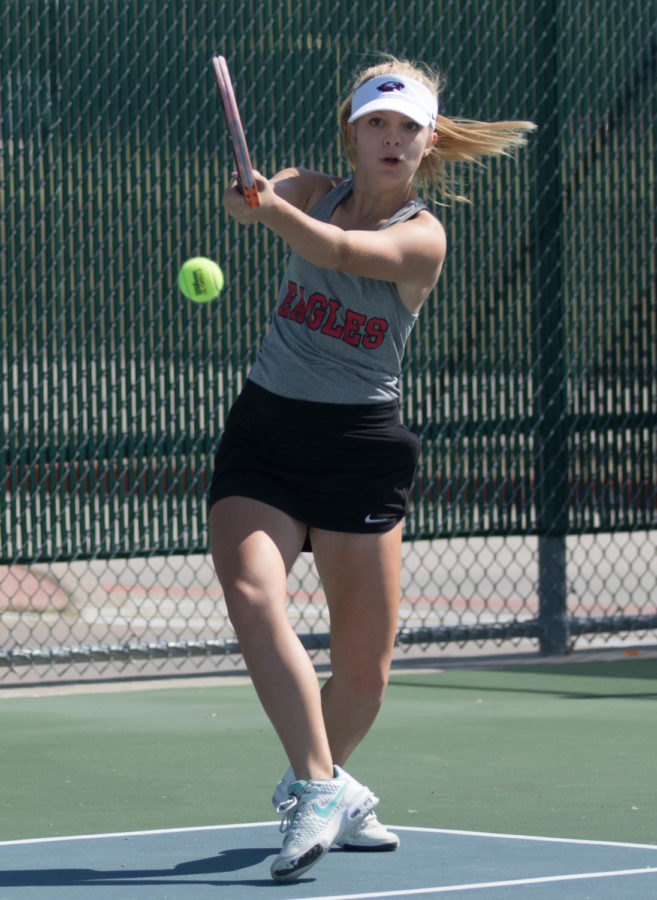 Livingston displays her skill at a tennis tournament at Argyle High School on Oct. 19, 2017. (Jaclyn Harris  / The Talon News)