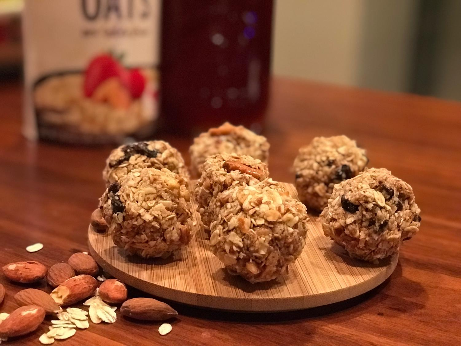Oatmeal raisin (outside rows) and sweet-and-salty (inside row) oatmeal energy bites are a healthy after school snack. (Miranda Downe / The Talon News)
