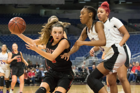 Lady Eagle's Basketball Team Wins State Semi Final