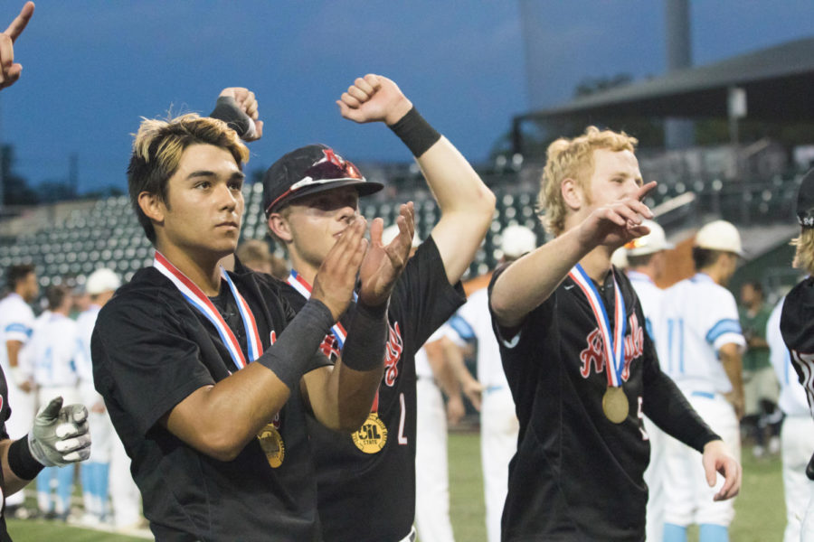 The+Eagles+baseball+team+competes+in+the+4A+State+Championship+at+the+UFCU+Dish-Falk+Field+in+Austin%2C+Texas%2C+on+June+7%2C+2018.+%28Jordyn+Tarrant+%2F+The+Talon+News%29