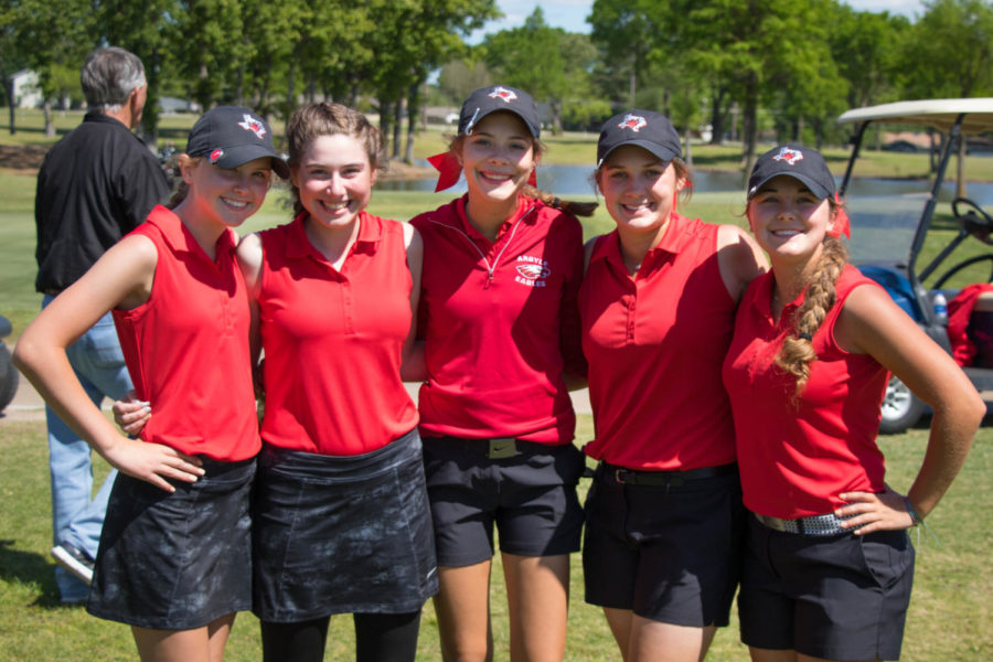 The+girls+golf+team+competes+at+the+UIL+Regional+tournament.+Girls+Region+Golf+at+Van+Zandt+Country+Club+in+Canton%2C+Texas%2C+on+April+26%2C+2018.+%28Campbell+Wilmot+%2F+The+Talon+News%29