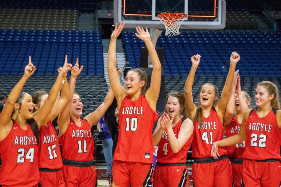 The+Lady+Eagles+win+the+UIL+Conference+4A+State+Semi-Final+game+against+Dallas+Lincoln+at+the+Alamodome+on+Feb.+19%2C+2019.+%28Campbell+Wilmot%2F+The+Talon+News%29.