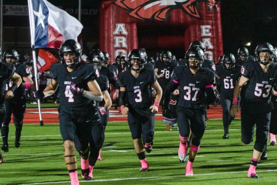 Eagles Defeat Cardinals for District Title, Hogeboom Breaks School Record