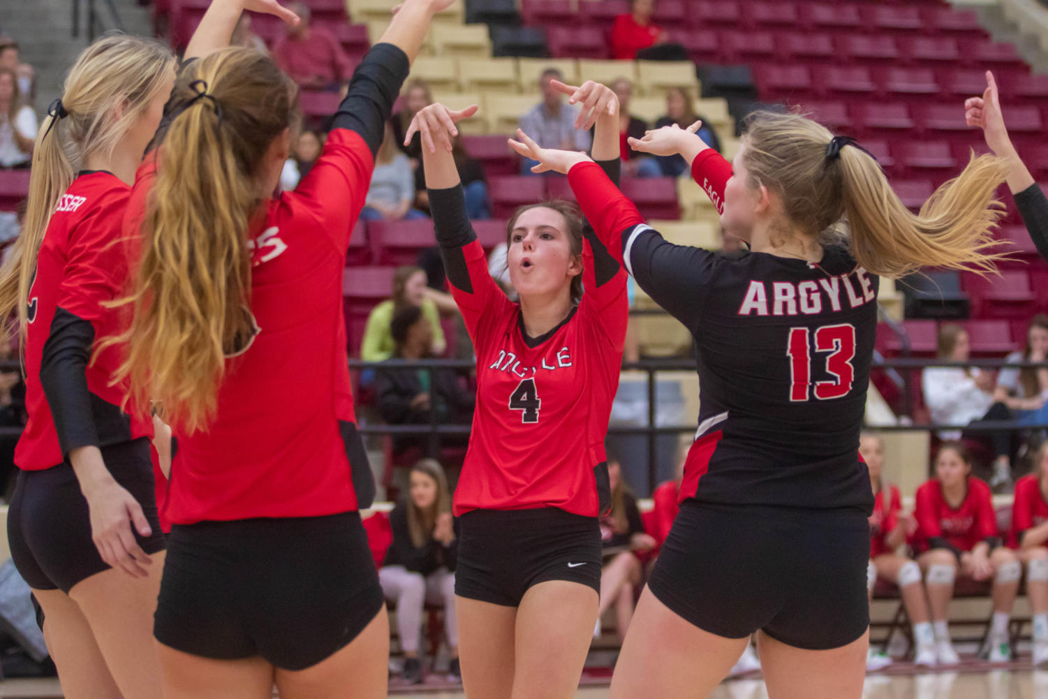 The Lady Eagles defeat Glen Rose High School at Saginaw High School in the first round of the playoffs on Nov. 4, 2019 (Alex Daggett | The Talon News).