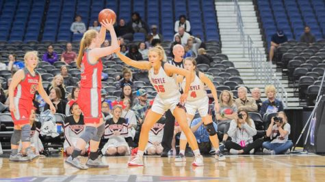 The Lady Eagles took on the Fredericksburg Billies on March 6, 2020 at the Alamodome. (Katie Ray | The Talon News)