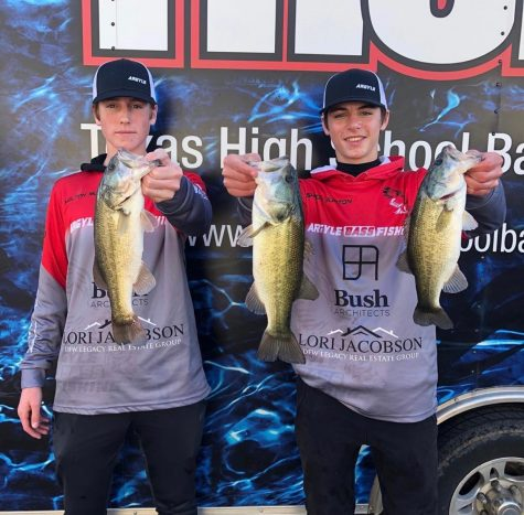 Juniors Ashton Burton and Holton Mudd advance to the state Bass Fishing tournament on June 28 (photo courtesy of Argyle Bass Fishing Team).