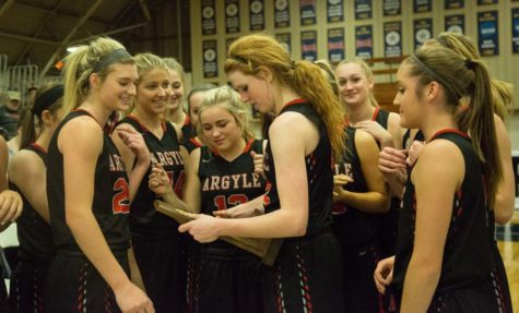Lady Eagles Basketball Clench State Spot for 4th Straight Year