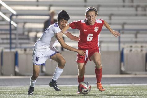 Boys Soccer Advances Past Alvarado in a Shootout