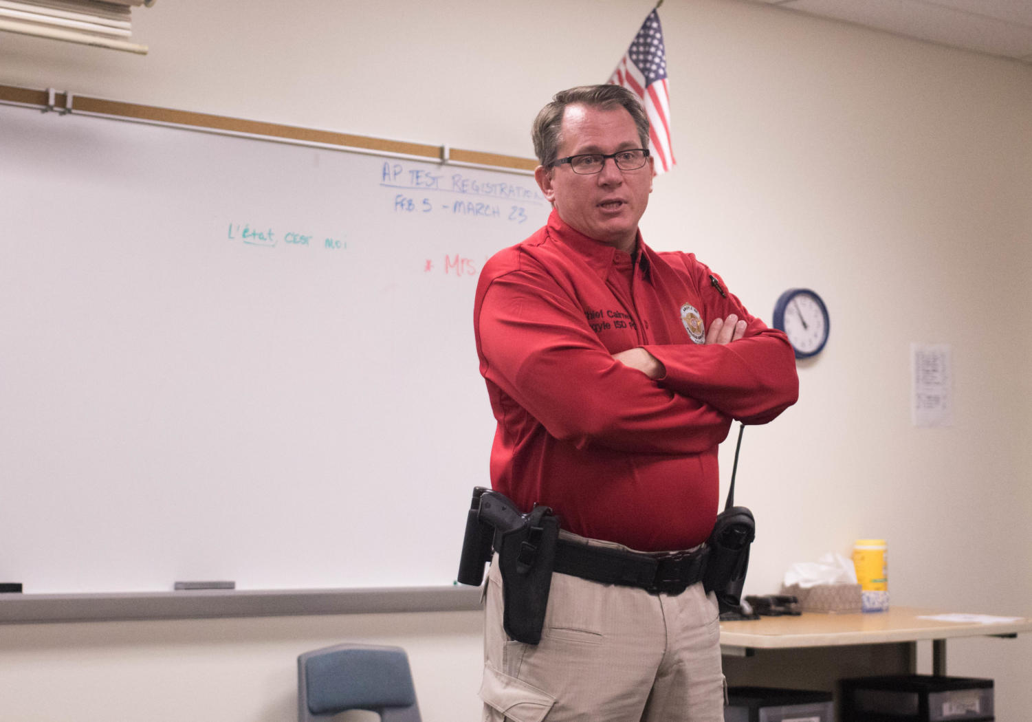 AISD Police Chief Paul Cairney speaks to students about the dangers of vaping and taking prescription medication recreationally at Argyle High School on Feb. 23, 2018. (Jaclyn Harris / The Talon News)