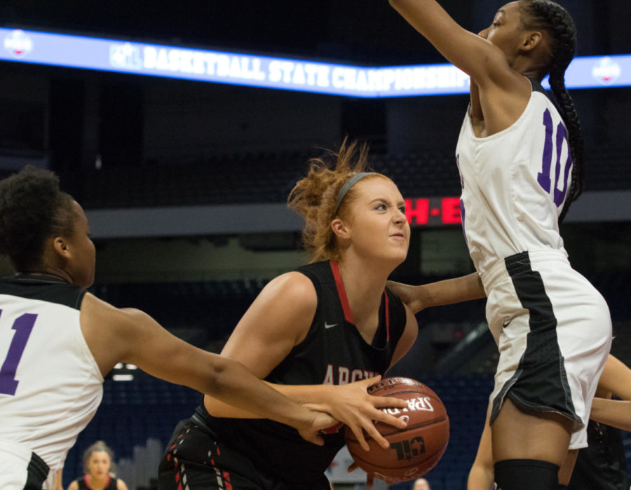 The Lady Eagles take on Wheatley in the UIL State Semi-Final Game and take the game with a score of 62-46. The team is to play at the Alamodome the following night at 7pm. (Campbell Wilmot (Campbell Wilmot/ The Talon News)