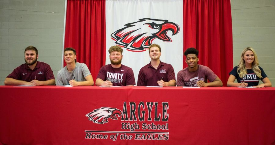 Athletes+sign+to+play+sports+at+their+colleges+on+signing+day+at+Argyle+High+School+in+Argyle%2C+Texas+on+April+24%2C+2018.+%28Campbell+Wilmot+%2F+The+Talon+News%29