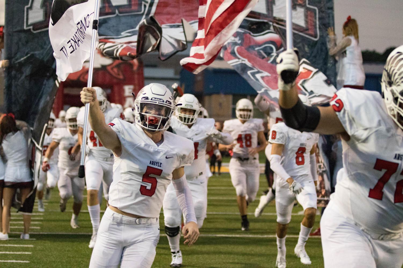 The Eagles take on Stephenville  Chapel Hill High School in Tyler, TX, on September 14, 2018. (Jordyn Tarrant / The Talon News)