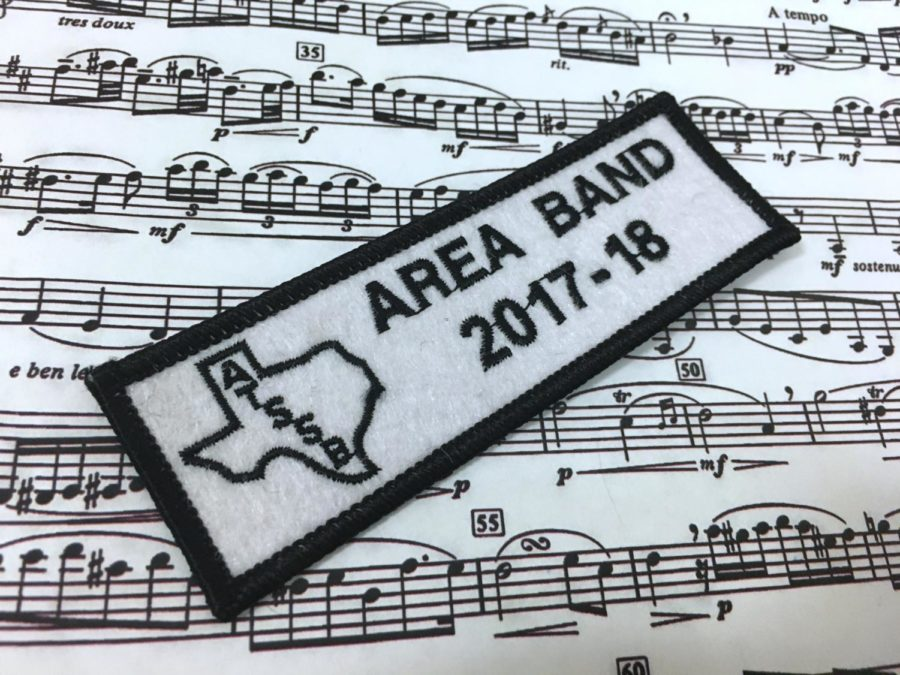 Area-qualifiers+Audrey+Livingston+and+Nick+Lessley+prepare+for+auditions+and+hope+to+make+the+All-State+band+%28Trinity+Flaten+%2F+The+Talon+News%29