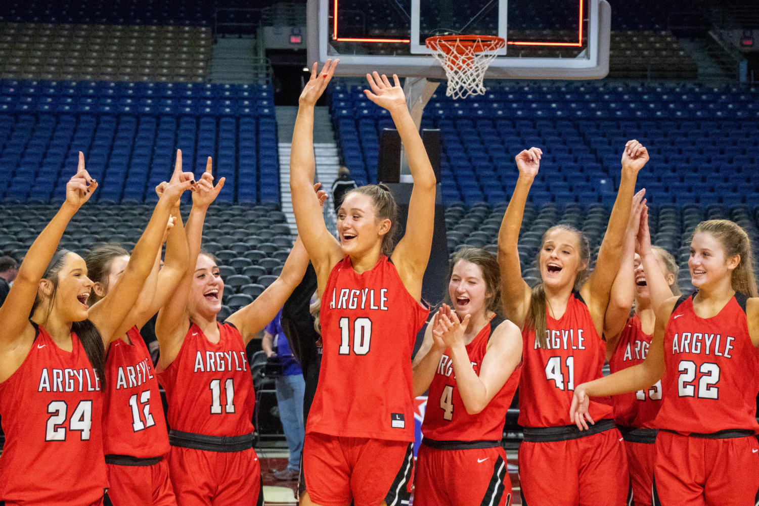The Lady Eagles win the UIL Conference 4A State Semi-Final game against Dallas Lincoln at the Alamodome on Feb. 19, 2019. (Campbell Wilmot/ The Talon News).