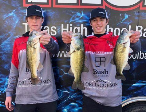Juniors Ashton Burton and Holton Mudd advance to the state Bass Fishing tournament on June 28 (photo courtesy of Argyle Bass Fishing Team).
