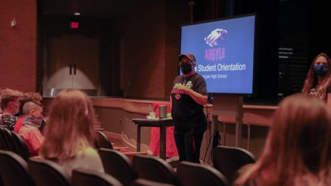 AHS Teacher Jeanna Sutton speaks to students and parents at the new student orientation on Aug. 15 at Argyle High School (Katie Ray / The Talon News).
