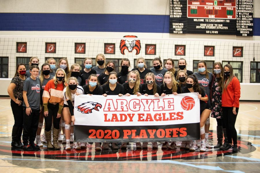 The Lady Eagles swept Benbrook at Castleberry High School on Oct. 29, 2020 and will advance to Area. (Nicholas West / The Talon News)